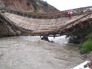 Puente Caclic. Foto: Reina de la Selva.
