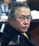 Bislang noch hinter schwedischen Gardinen: A. Fujimori. Bild: ANDINA