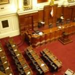 Stühlerücken: der peruanische Kongress, Innenansicht. Foto: D. Raiser / INFOAMAZONAS.