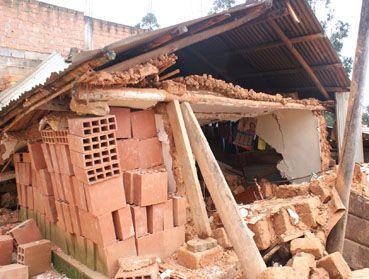 Haus der Familie Pingus nach dem Erdbeben. Foto: Stadtverwaltung Chachapoyas.