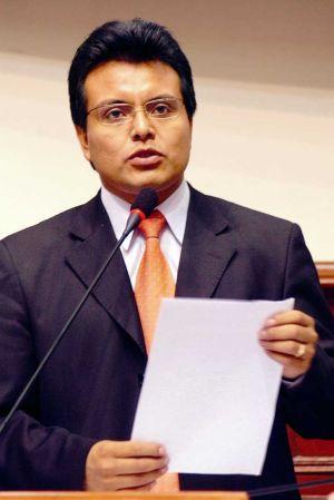 José Alfonso Maslucán Culquí, Kongressabgeordneter. Foto: RRPP Maslucán.