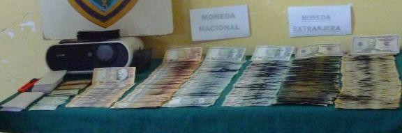 Chachapoyanisches Falschgeld, viel davon. Foto: José Antonio Aguilar / PNP Chachapoyas.