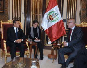 Ollanta Humala (GP) und Volker Kauder (CDU). Foto: Presidencia.
