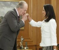 Nadine Heredia mit Spaniens König Juan Carlos I. Foto: Presidencia.